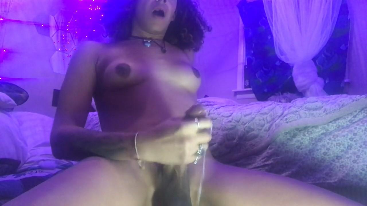 SEXY ASS BBC GIRL CUM