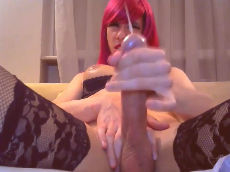 Huge Suckable Tranny Meat