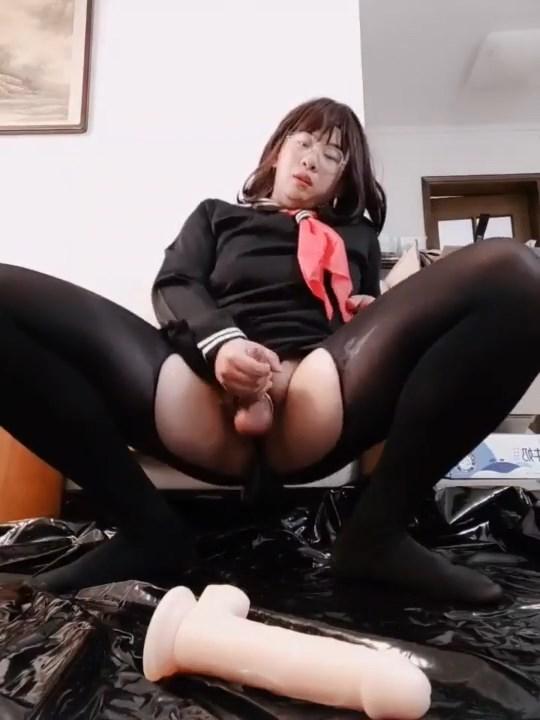 LADYBOY WIFE CUM